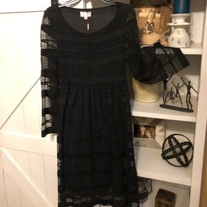 Max Studio Specialty long sleeve black midi dress!